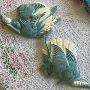 Vintage Fish and Shell plastic wall plaques